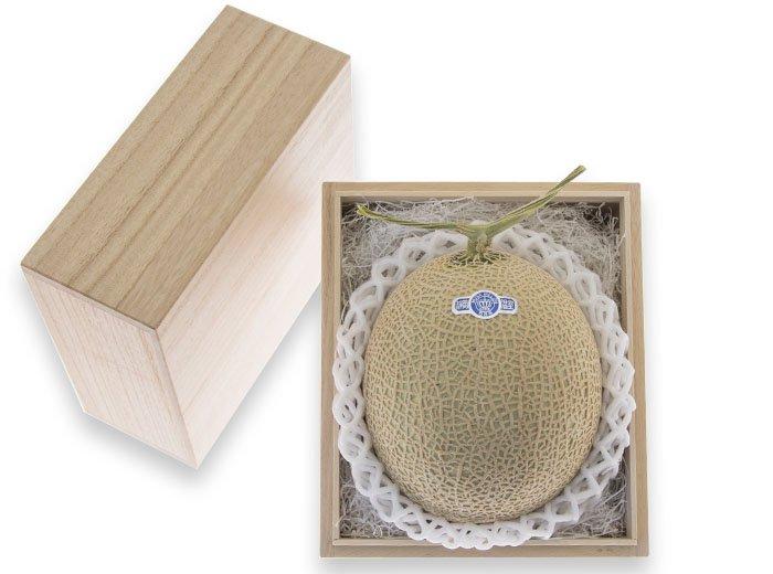 静岡産クラウンメロン<1個>【桐箱入】Mask Melon