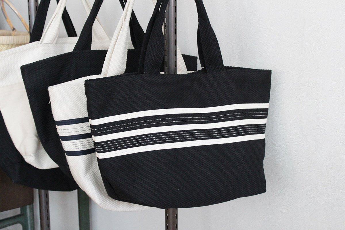 TANEI/タネイ sasicco ライントートM(ブラック) 刺し子織り