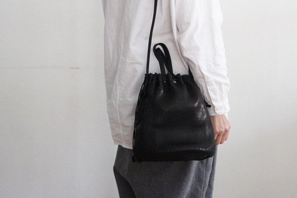 irose/イロセ SEAMLESS SHOULDER CASE(シルバー)BAG-SL08