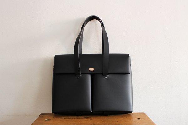 irose/イロセ SEAMLESS DOCUMENT BAG BAG-SL15 (ブラック)