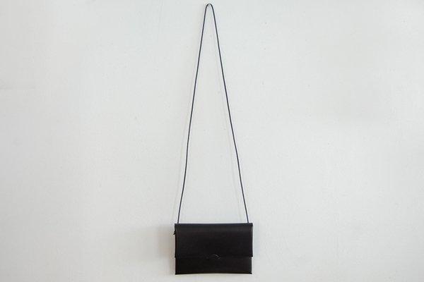 irose イロセ SEAMLESS SHOULDER CASE(ブラック)BAG-SL08