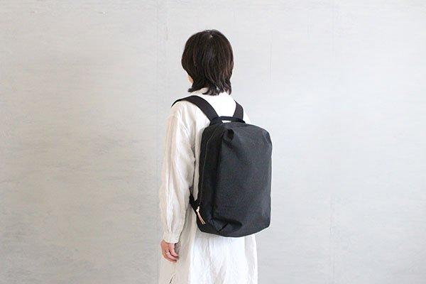 NIZYU KANO FUKUISHIWA NYLON series リュックM(ブラック)
