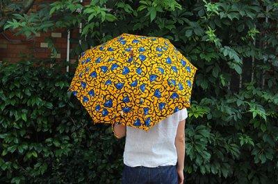 Sun mi サンミ 50cm × 8本骨 アフリカンバティック 晴雨兼用傘【UV&撥水加工】水色ボタン