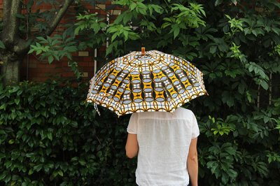 Sun mi サンミ 50cm × 8本骨 アフリカンバティック 晴雨兼用傘【UV&撥水加工】ホワイトイエローブラック