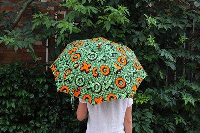 Sun mi サンミ 50cm × 8本骨 アフリカンバティック 晴雨兼用傘【UV&撥水加工】オレンジブルーカラーボタン