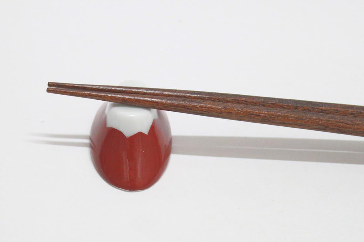 波佐見焼 富士山箸置き(赤)