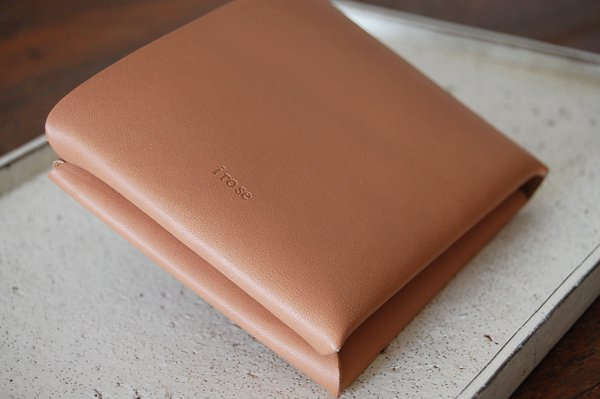 【再入荷】irose イロセ SEAMLESS SHORT WALLET ACC-SL03(ヌード)