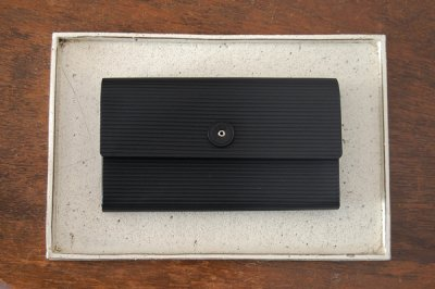 irose イロセ CARDBOARD LONG WALLET ACC-C01(ブラック)