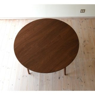 直径130cm、丸ダイニングテーブル4本脚(早割適用なし)