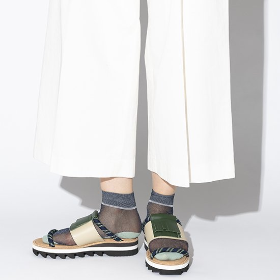 <img class='new_mark_img1' src='https://img.shop-pro.jp/img/new/icons58.gif' style='border:none;display:inline;margin:0px;padding:0px;width:auto;' />TRICOTE/【unisex】lame see-through socks