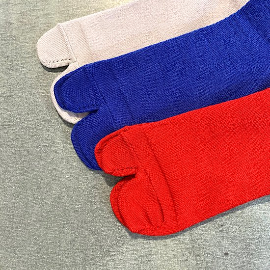 decka/split toe socks