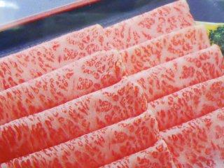 米沢牛 特選ロース薄切り すき焼き・しゃぶしゃぶ用 300g