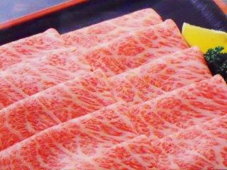 米沢牛 肩ロース薄切り すき焼き・しゃぶしゃぶ用 300g