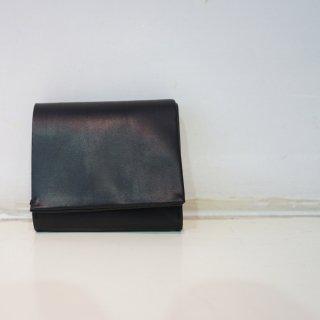 ISAMU KATAYAMA BACKLASH GUIDIオイルカーフ三つ折り財布(345-22)