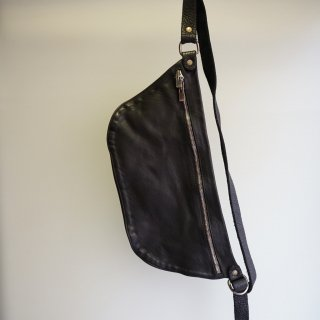 GUIDI SOFT HORSE FULL GRAIN BELT BAG(Q10M)