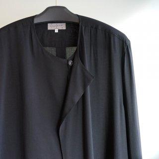YOHJI YAMAMOTO 左二重ノーカラーシャツ(HN-B12-201)