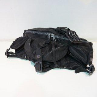ISAMUKATAYAMA BACKLASH ダブルショルダー フルタンニン製品染め3ピンベルト ウェストバッグ(92-12)