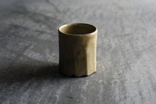 黄釉粉引面取りカップ