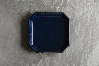 瑠璃釉 隅入角皿