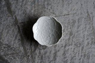 白磁 牡丹豆皿