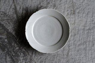 白磁 輪花5寸皿