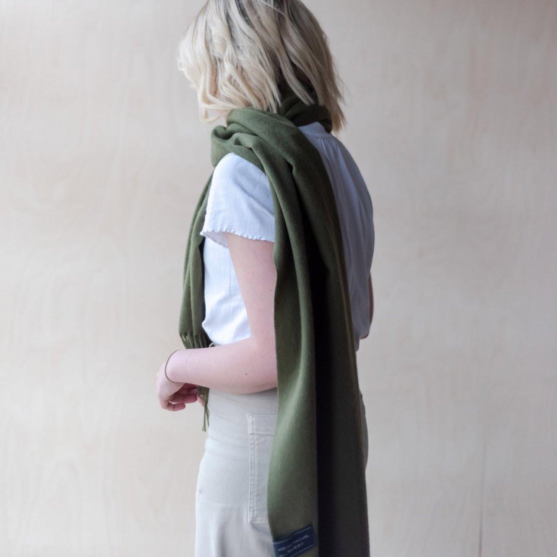 ラムズウール オーバーサイズスカーフ<br> Olive