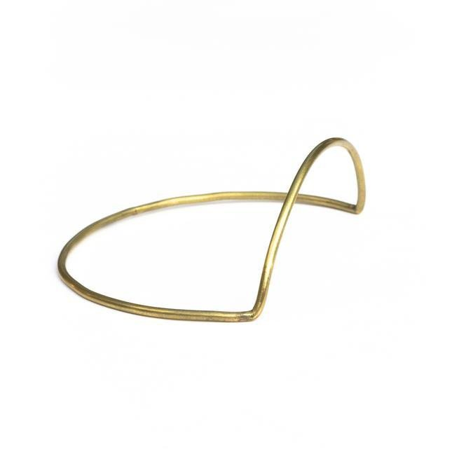 ANOTHER FEATHER<br />Arc Bangle