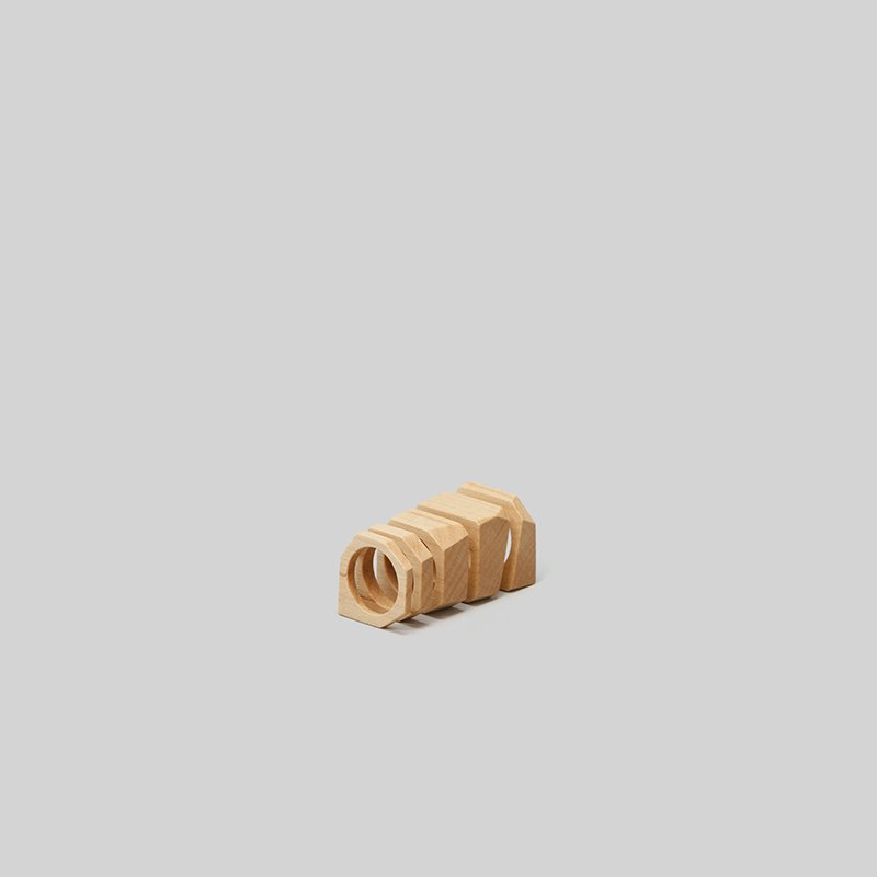 _Fot<br />wood bloc ring_cutting [maple]