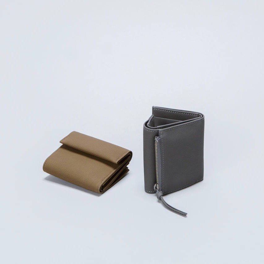 ERA.<br />BUBBLE CALF MINI WALLET