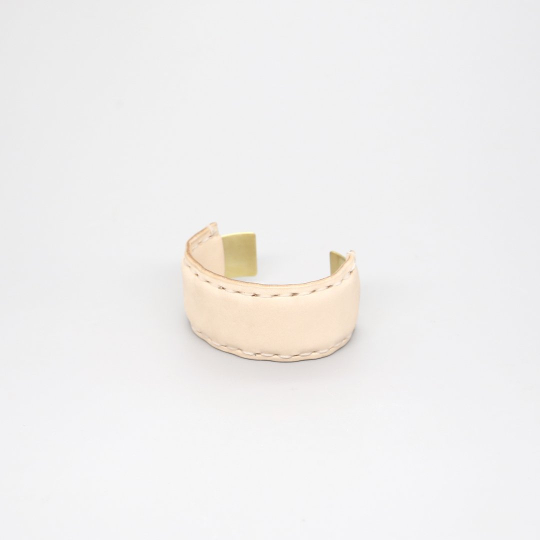 Hender Scheme<br />not lying jewelry bangle M