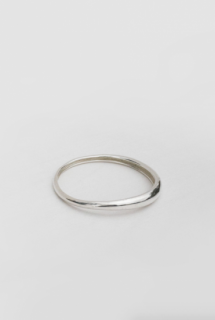 SOPHIE BUHAI:DELICATE AMORPHOUS BANGLE