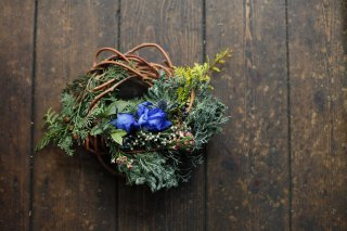 <img class='new_mark_img1' src='//img.shop-pro.jp/img/new/icons6.gif' style='border:none;display:inline;margin:0px;padding:0px;width:auto;' />little original wreath 010 with gift box