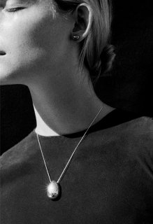 SOPHIE BUHAI:Everyday egg pendant(Gold)
