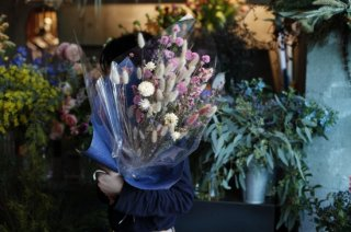 <img class='new_mark_img1' src='//img.shop-pro.jp/img/new/icons6.gif' style='border:none;display:inline;margin:0px;padding:0px;width:auto;' />dried flower bouquet -pink-