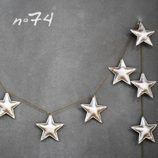 Numero74 | Mini Star Garland | Gold<img class='new_mark_img2' src='//img.shop-pro.jp/img/new/icons2.gif' style='border:none;display:inline;margin:0px;padding:0px;width:auto;' />
