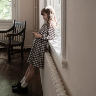<img class='new_mark_img1' src='https://img.shop-pro.jp/img/new/icons14.gif' style='border:none;display:inline;margin:0px;padding:0px;width:auto;' />minimom | ALICIA DRESS | BROWN GINGHAM | 1/2y-7/8y