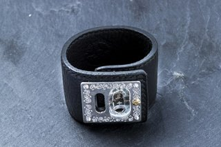 Lock tight Leather bracelet (black)