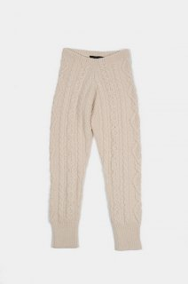 <img class='new_mark_img1' src='//img.shop-pro.jp/img/new/icons22.gif' style='border:none;display:inline;margin:0px;padding:0px;width:auto;' />SELENITE KNIT PANTS