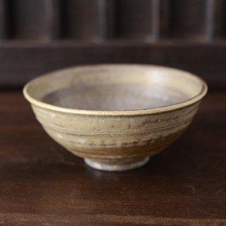 川口武亮 黄釉鉄象嵌飯碗