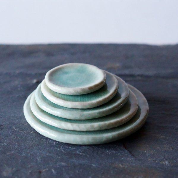 石木花の皿 氷青