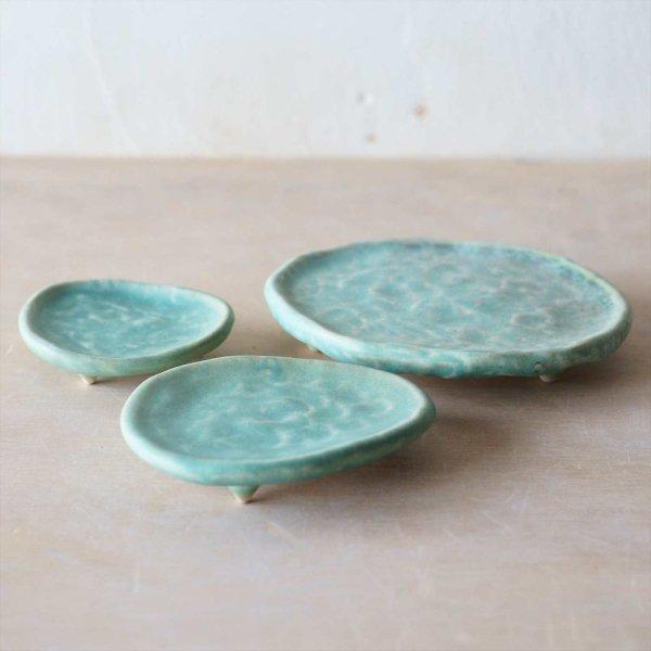 三足皿|結晶