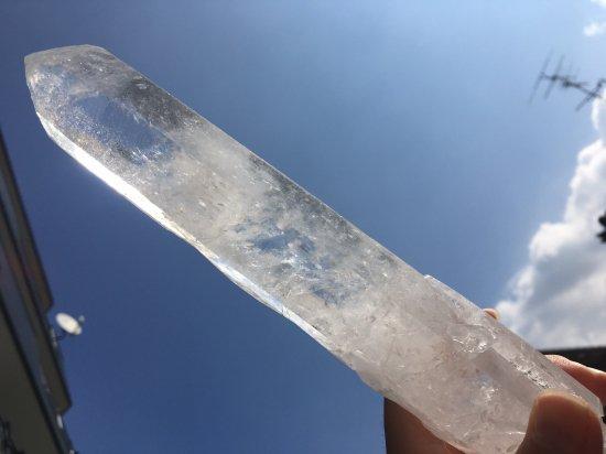 ブラジル産水晶ポイント 220mm・470g