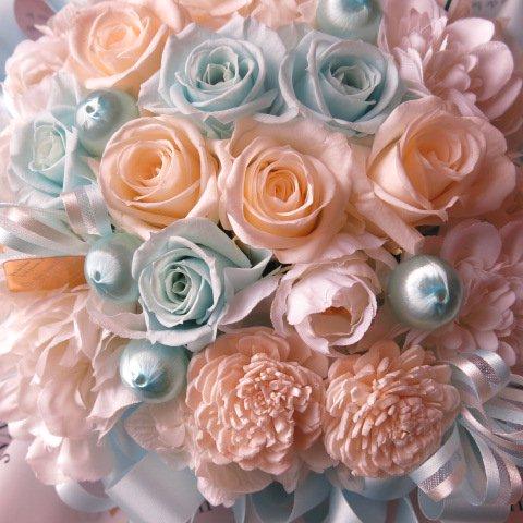 水色バラ 花束風 プリザーブドフラワー入り ギフト アクアブルー&ホワイト