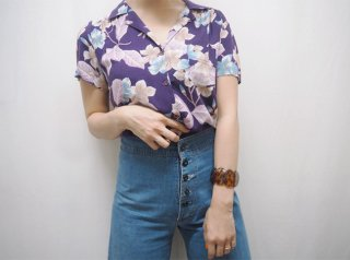 70s- Purple Floral Rayon Aloha Shirt