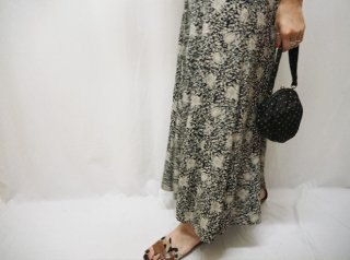 80-90s Black Floral Rayon Long Skirt