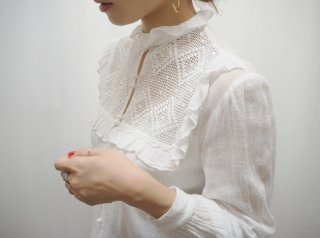 Vtg Euro Gauze Cotton Bobble Button Blouse