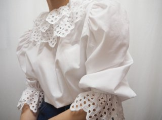 80s- Euro White Ruffle Cotton Blouse