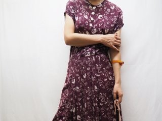 50s- Burgundy Botanical Pattern Rayon Dress
