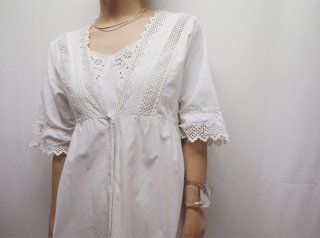 1900-1920s White Eyelet Cotton Maxi Night Dress