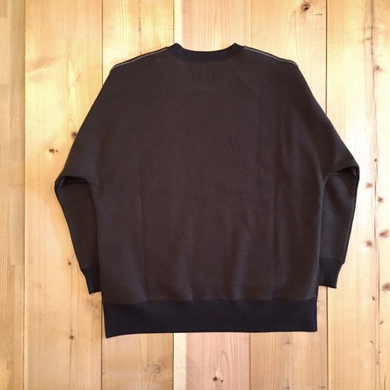 Name.  ネーム / スウェット  DOUBLE CLOTH JERSEY CREW NECK SWEATER 【DARK OLIVE】